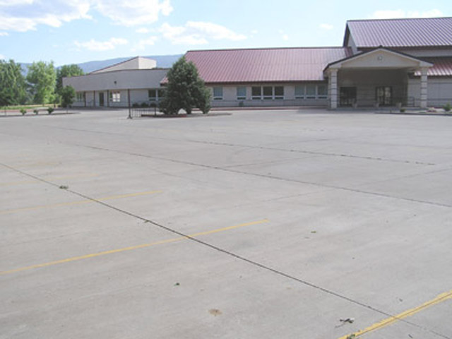 Paved Parking Lot – Evangelical Free Church